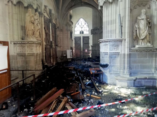 L'orgue monumental de la cathédrale de Nantes a été détruit lors de l'incendie.