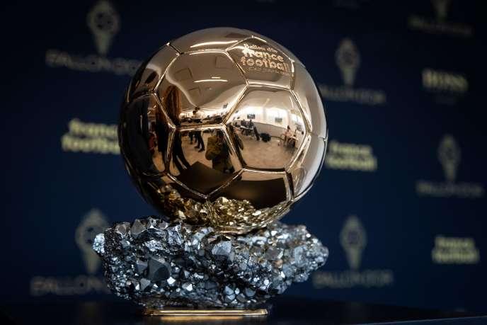 Le Ballon d'or «France Football» devra attendre 2021 pour connaître son futur propriétaire.