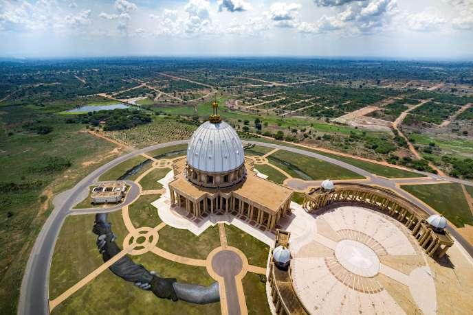 La basilique Notre-Dame de la paix, à Yamoussoukro en mars 2020.