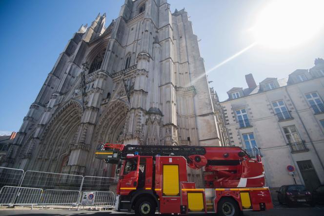 La cathédrale Saint-Pierre-et-Saint-Paul de Nantes, lundi20juillet, deux jours après l'incendie.