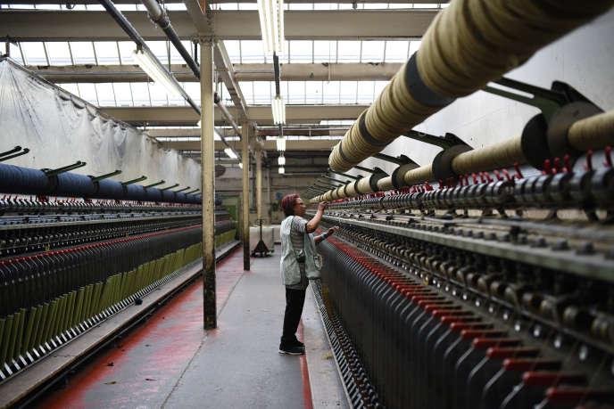 Dans une usine de textile au Royaume-Uni, en 2016.