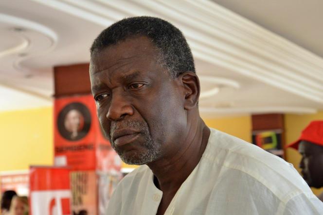 Le cinéaste et homme politique malien Cheick Oumar Sissoko lors du Fespaco à Ouagadougou, le 1er mars 2013.