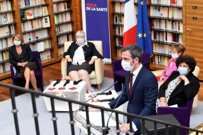 Le ministre de la santé Olivier Véran, lors de la séance de clôture de l'assemblée généraledu «Ségur de la santé», le 21 juillet à Paris.