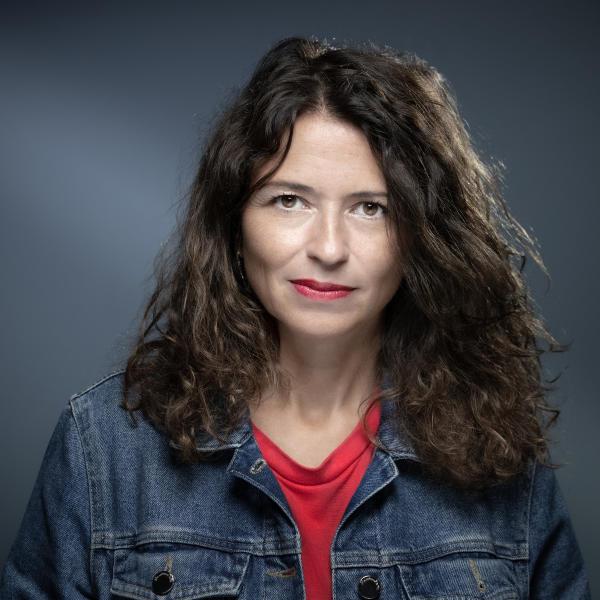 L'écrivaine Karine Tuil, en 2019 à Paris.