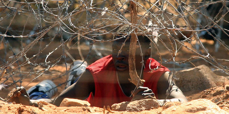 A la frontière entre Zimbabwe et Afrique du Sud, trafic de ...