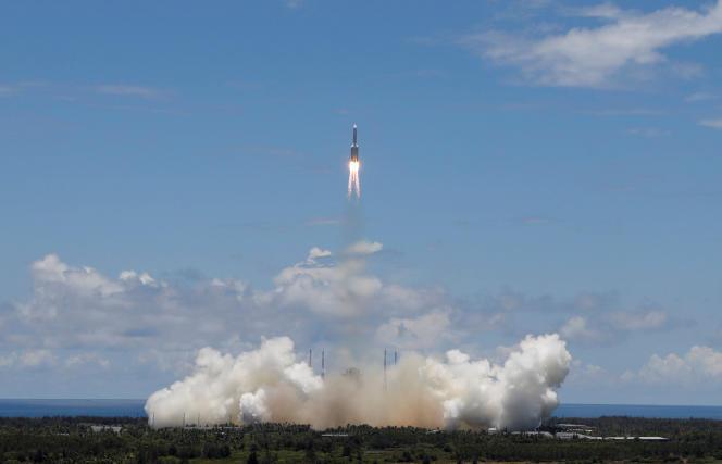Au centre de lancement spatial de Wenchang (Chine), le 23 juillet 2020.