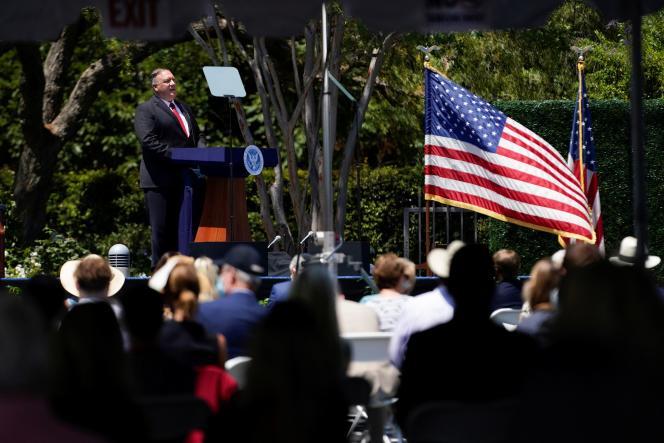 Le secrétaire d'Etat américain, Mike Pompeo, prononce un discours devant la bibliothèque présidentielle Richard-Nixon, à Yorba Linda, en Californie, le 23juillet.