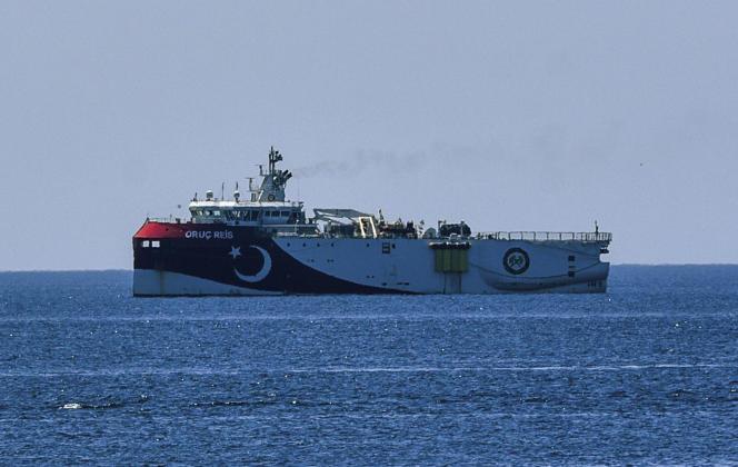 Le navire d'exploration turc «Oruç-Reis», au large d'Antalya, en Turquie, le 22 juillet 2020.