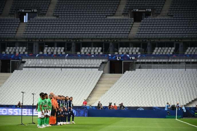 Cinq mois après l'interruption de la saison de Ligue 1, le championnat français reprend, vendredi.