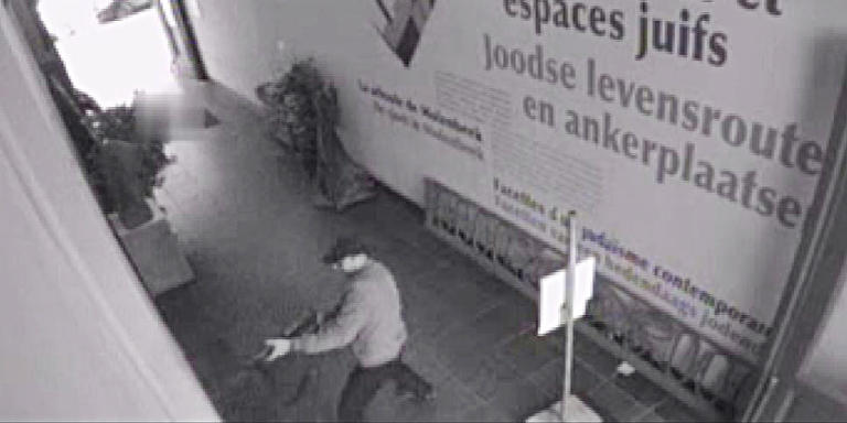 HANDOUT PICTURE / DISTRIBUTION REQUESTED TO BELGA  This videograb released on May 25, 2014, by the Belgian federal police on demand of Brussels' king prosecutor, shows the suspect of the killings in the Jewish Museum on May 24,2014 in Brussels. Belgian police hunted down a gunman who shot dead three people including two Israelis in an attack on the Brussels Jewish Museum reviving fears of a fresh wave of anti-Semitism in Europe. A fourth victim died on Sunday. POLICE  HAND OUT RESTRICTED TO EDITORIAL USE - MANDATORY CREDIT