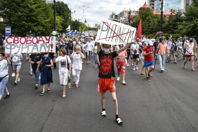 Selon des journalistes sur place, la manifestation était la plus importante depuis le début de ce mouvement.