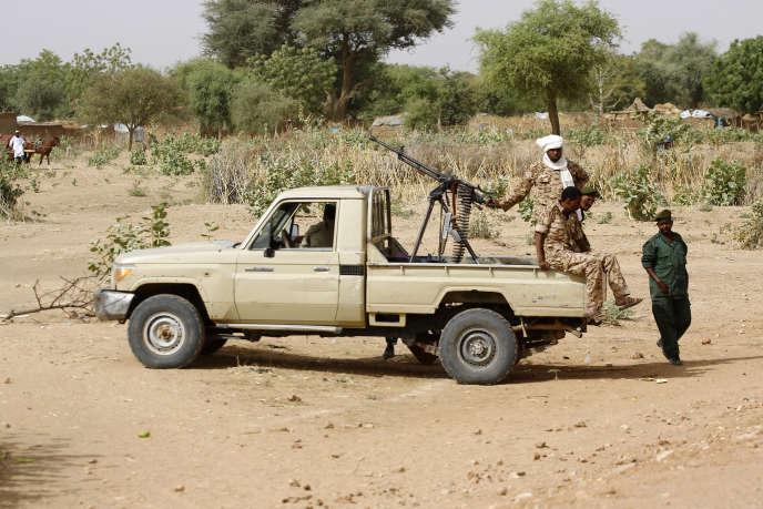 Les forces de sécurité soudanaises à Al-Jineina en avril 2016.