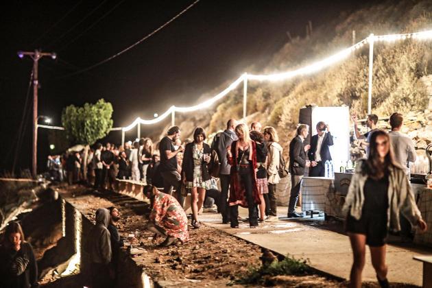 Inauguration de l'exposition de la plasticienne américaine Kara Walker, sur l'île d'Hydra, en 2017.