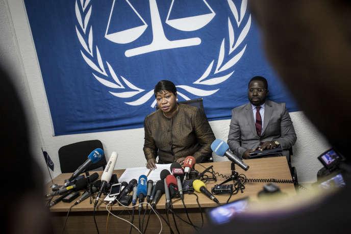 Fatou Bensouda, procureure de la Cour pénale internationale, lors d'une conférence de presse, à Kinshasa, en mai 2018.