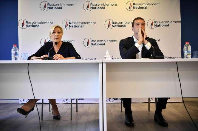 La présidente du Rassemblement national, Marine Le Pen, et le vice-président du parti, Jordan Bardella, à Nanterre, le 28 juillet.