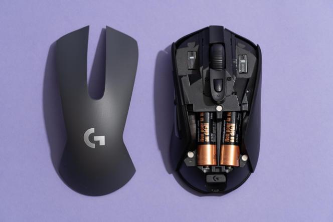 Comme la Logitech G603, la plupart des souris de gaming sont dotées d'interrupteurs mécaniques.