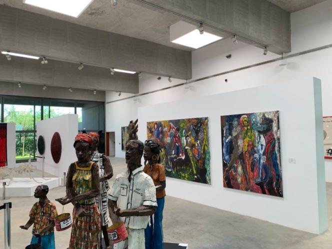 L'intérieur du Musée des cultures contemporaines d'Abobo, quartier populaire d'Abidjan, en Côte d'Ivoire, inauguré en mars 2020.