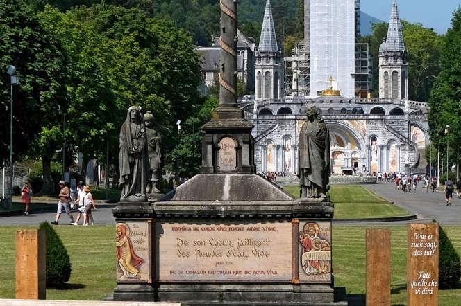 Le sanctuaire de Lourdes (Hautes-Pyrénées), le 22juillet.