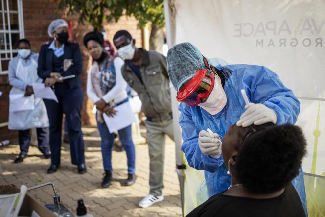 Campagne de tests à Johannesburg, le 13 mai 2020.