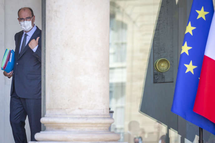 Jean Castex, Premier ministre, sort du Conseil des ministres au Palais de l'Elysée à Paris, mercredi 29 juillet 2020 - 2020©Jean-Claude Coutausse pour Le Monde