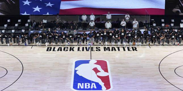Basket: les joueurs genou à terre contre le racisme pour la reprise de la NBA