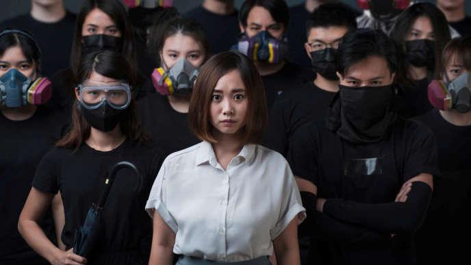A Hongkong, Tiffany Yuen Ka-wai a vu sa candidature aux législatives rejetée, comme onze autres personnes prodémocratie.