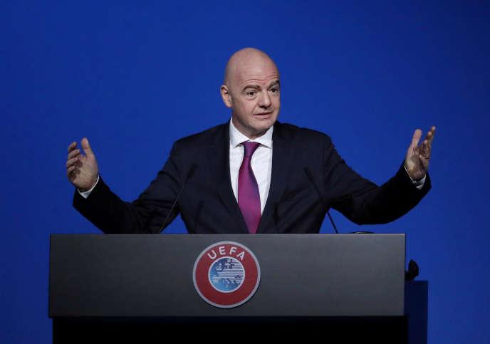 Le procureur fédéral extraordinaire Stefan Keller a estimé qu'il y avait des « éléments constitutifs d'un comportement répréhensible » de la part de Gianni Infantino (photo), le prédident de la FIFA.