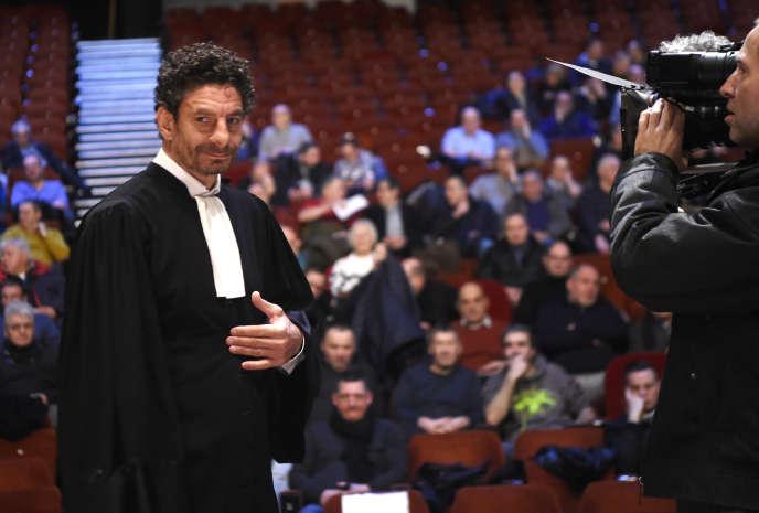 L'avocat des anciens salariés de l'usine Goodyear d'Amiens-Nord, Fiodor Rilov, devant le conseil de prud'hommes, le 28janvier.