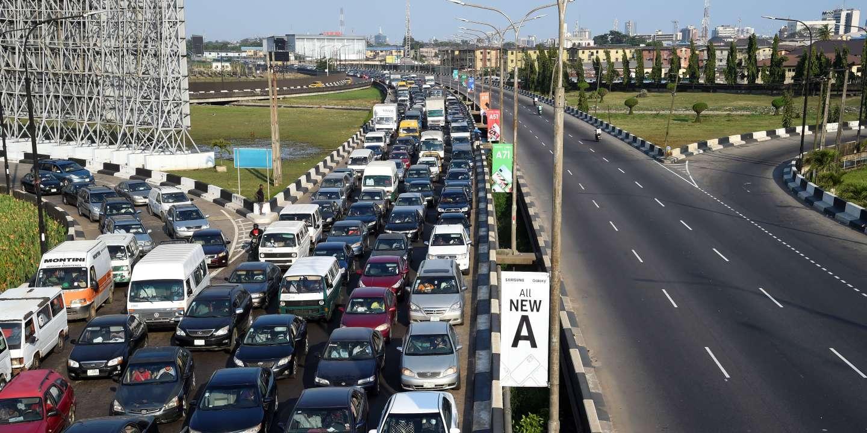 Au Nigeria, Lagos paralysée par des travaux sur le deuxième plus grand pont d'Afrique