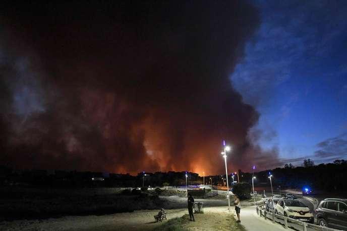 Lors de l'incendie à Sausset-les-Pins (Bouches-du-Rhône), le 4 août 2020.