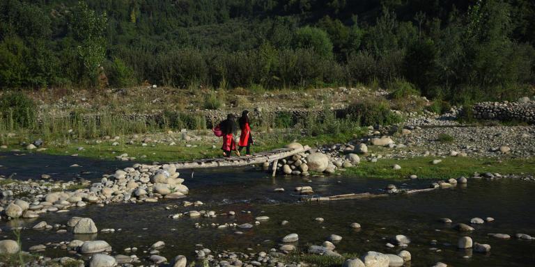 La rivière autour du village Such, dans le district de Kulgam, où le corps de Aqib Mustaq a été retrouvé.