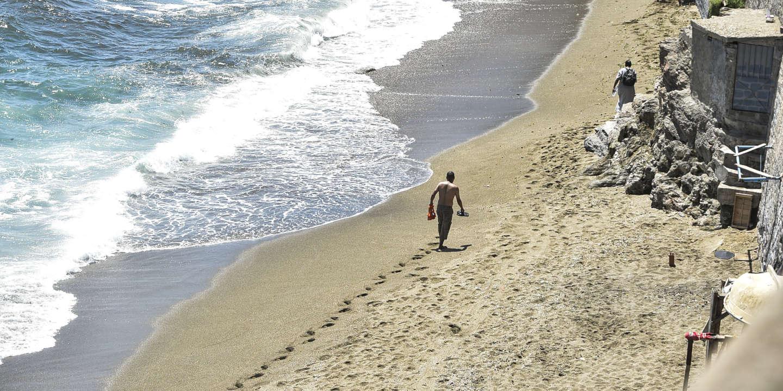 Coronavirus: Alger décide la réouverture progressive des plages et des mosquées
