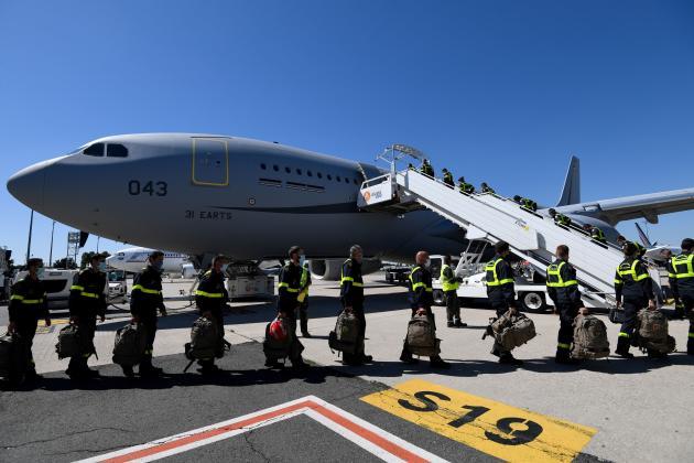 L'aide internationale s'organise. La France a fait partir mercredi un contingent de la sécurité civile à bord d'un Airbus A330.