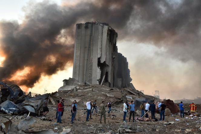 Un silo en ruine après la double explosion survenue à Beyrouth, le 4 août 2020.