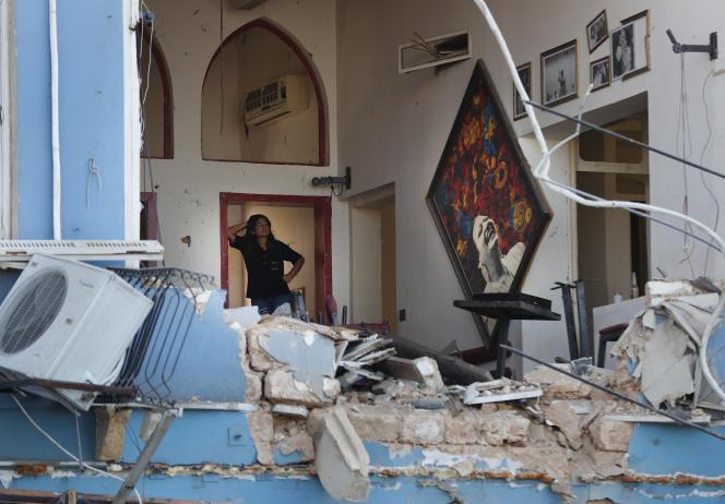 L'effet de souffle – semblable à un séisme de magnitude 3,3 – a détruit de très nombreux bâtiments sur le port et en a sévèrement endommagé d'autres sur des kilomètres à la ronde.