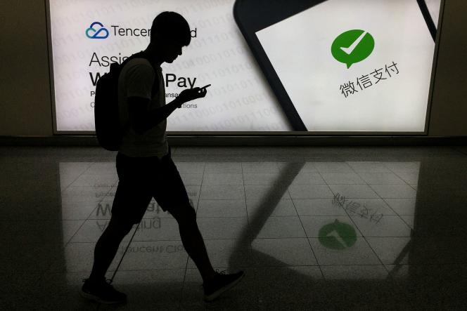 Publicité pour la messagerie WeChat, à Hongkong, en août 2017.