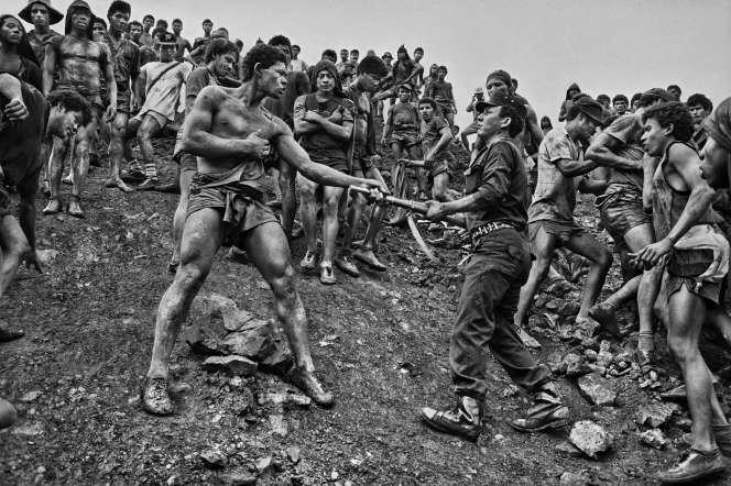 «Mine d'or de Serra Pelada»(Brésil, 1986).