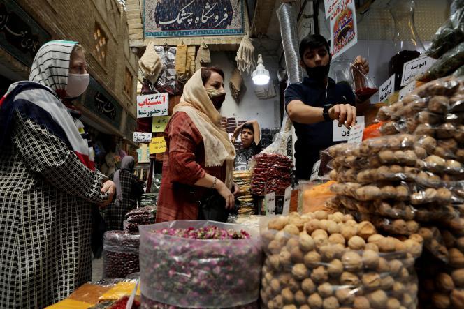 Sur un marché de Teheran, le 8 juillet.