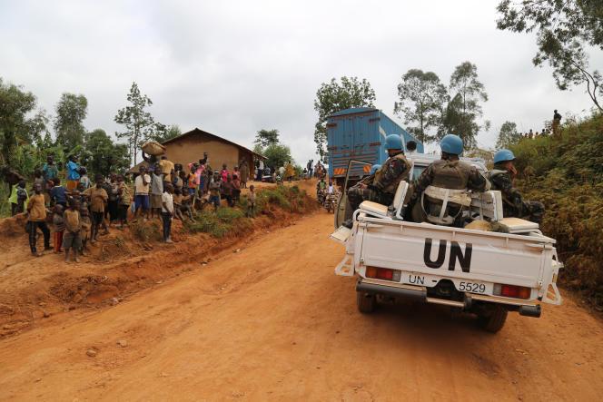 Des soldats de la Monusco, la mission de l'ONU en RDC, patrouillent à Djugu, dans la province de l'Ituri, le 12mars 2020.