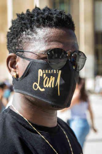 Coronavirus oblige, certains portaient des masques siglés« Arafat, l'an 1».