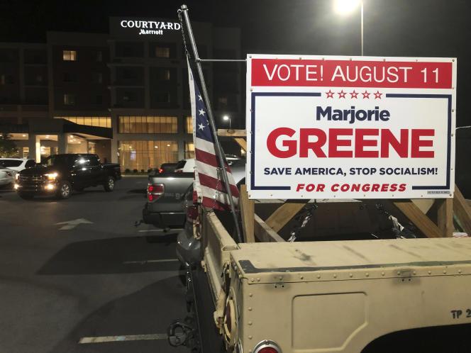 Un panneau de soutien à Marjorie Taylor Greene, alors candidate à l'investiture républicaine pour la Chambre des représentants, à Rome(Etat de Géorgie), le 11 août 2020.