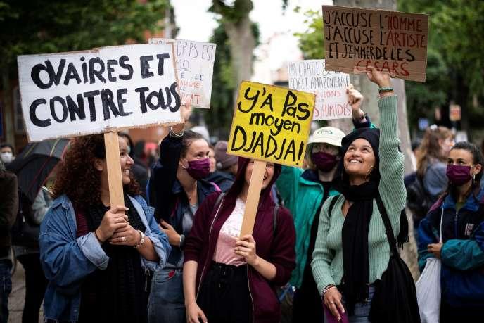 Lors d'une mobilisation du groupe féministe « Toutes en grève», à Toulouse, le 8 juin.