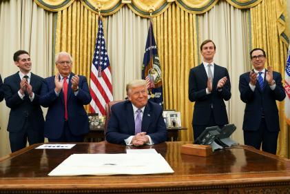 Donald Trump présente l'accord de paix entre Israël et les Emirats arabes unis, à Washington le 13 août.