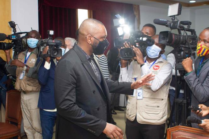 José Filomeno dos Santos après sa condamnation pour fraude par la Cour suprême de Luanda, le 14 août.