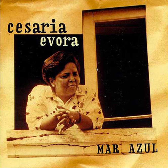 «Mar Azul» (1991), de Cesaria Evora.