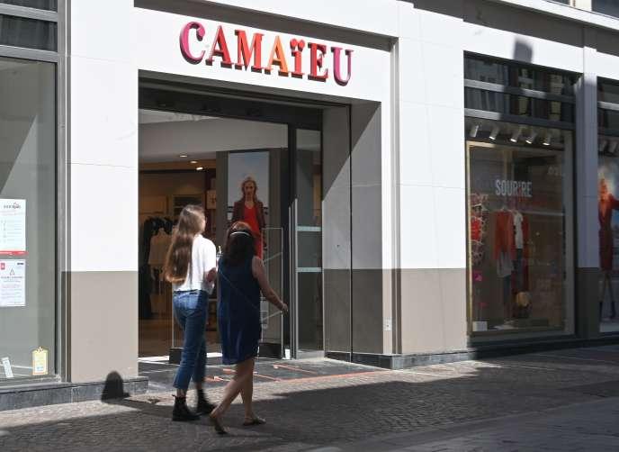 Une boutique Camaïeu, à Lille, en mai.