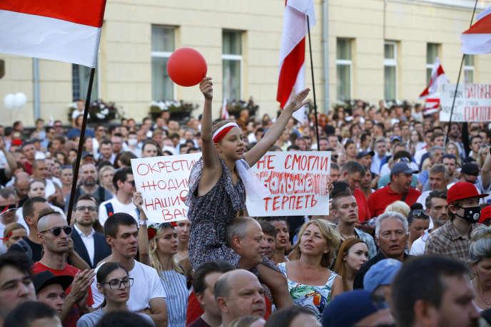 Manifestation de l'opposition, le 17 août à Minsk (Biélorussie).