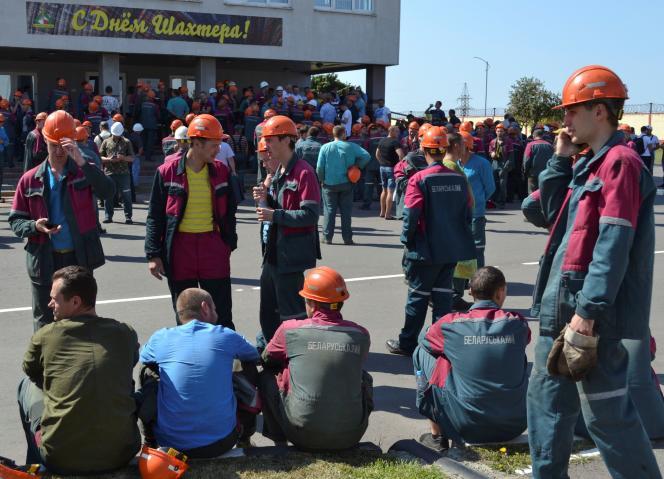 Une réunion des ouvriers de la mine de potasse Belaruskali, le 17 août à Soligorsk (Biélorussie).