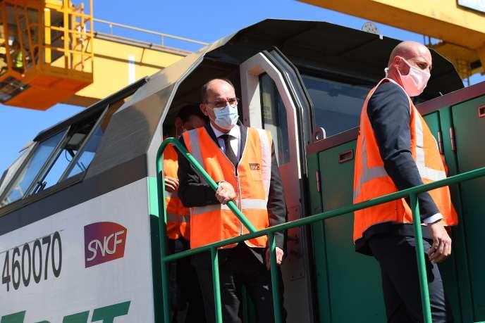 Le premier ministre Jean Castex, sur un site de la SNCF, le 27 juillet àBonneuil-sur-Marne (Val-de-Marne).