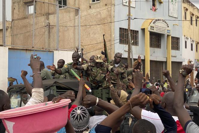 Des soldats maliens ont pris le pouvoir le 18 août à Bamako, au Mali.